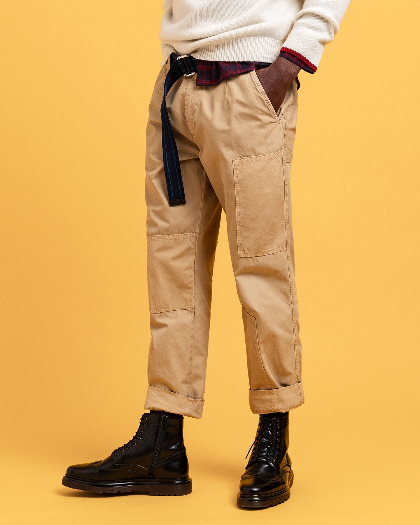 Hugger-Fit Patch Chinohose