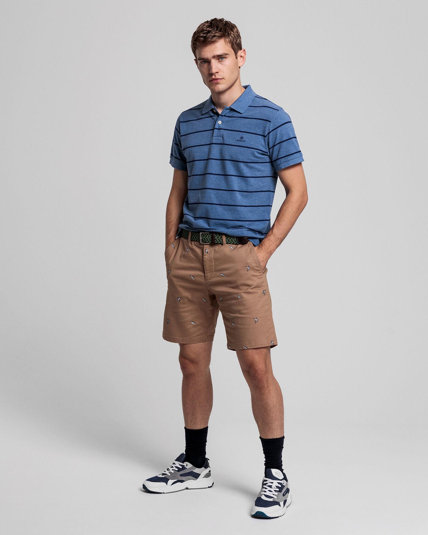 Tech Prep™ Regular Fit Shorts mit Stickerei