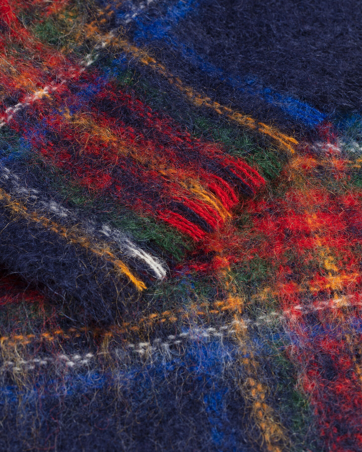 Schal aus Mohair mit Tartan-Muster
