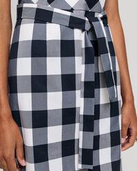 Tailliertes Kleid im Vichy-Karo