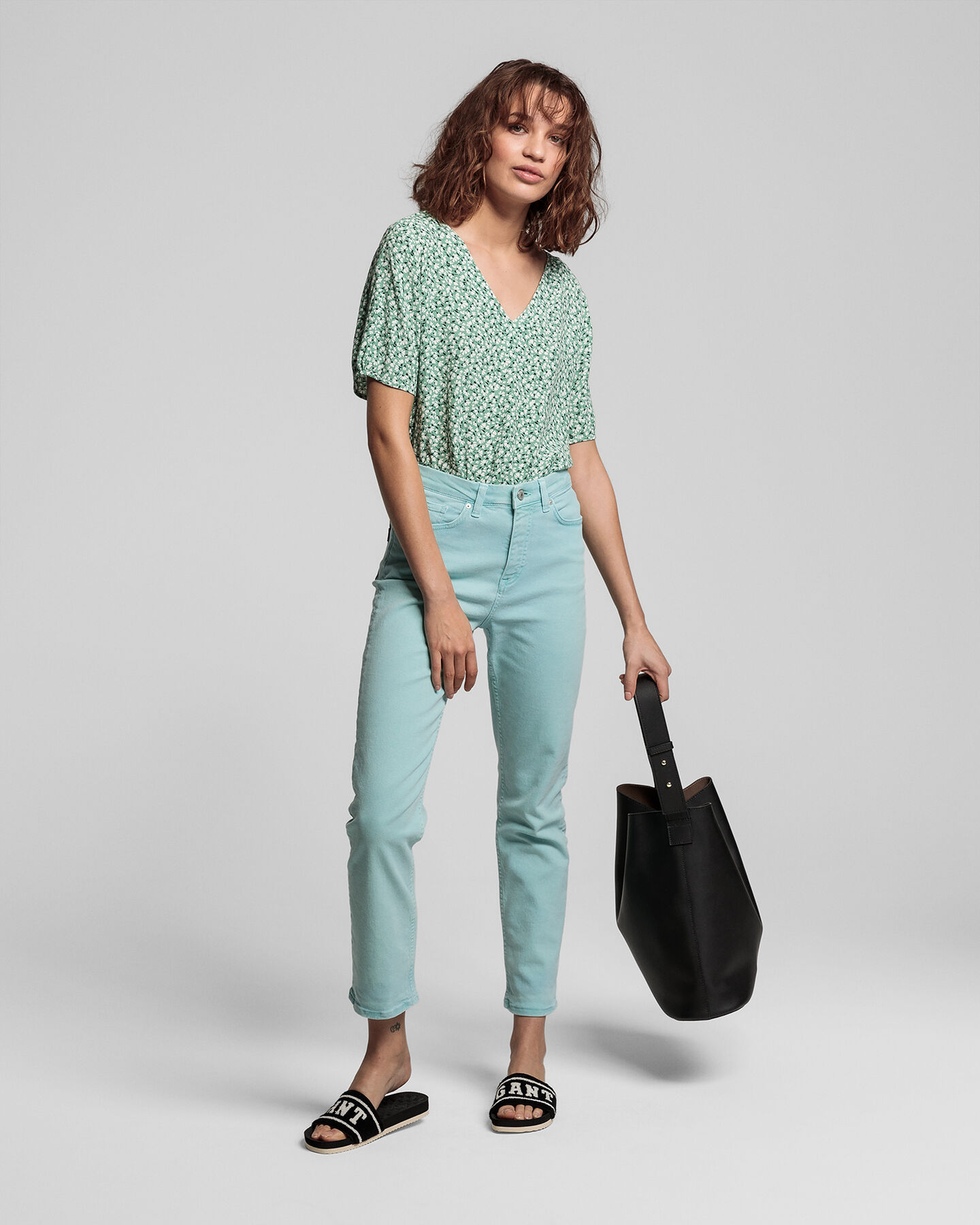 Farbige High Waisted Slim Fit Cropped Jeans